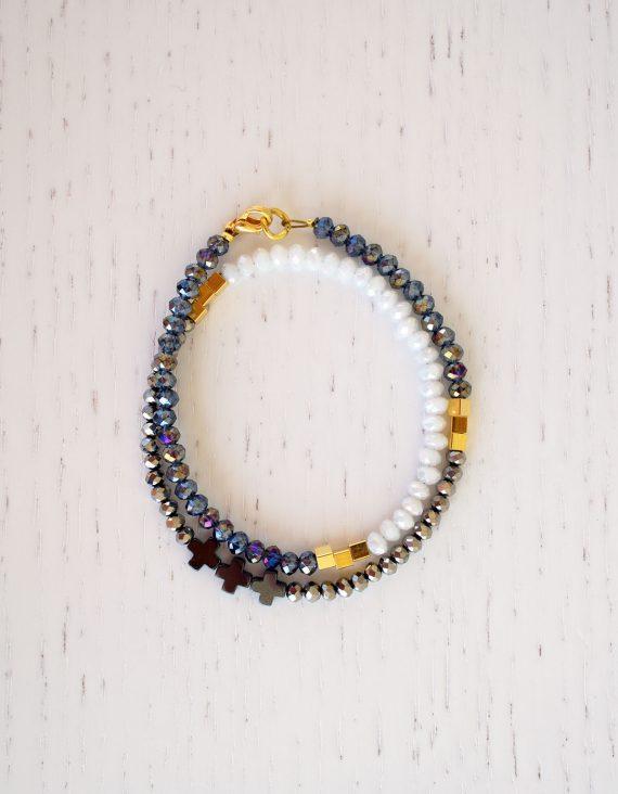 tiny-glass-bracelet