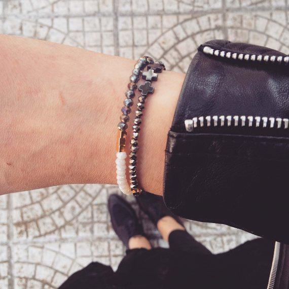 tiny-glass-bracelet1